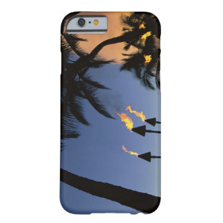 Tiki Torches Hawaii Funda Barely There iPhone 6