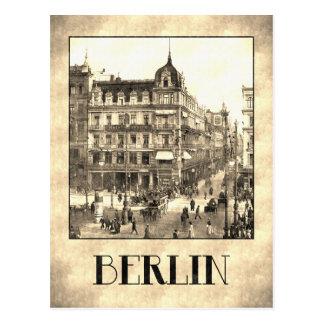 Tilo antiguo retro de la guarida de Berlín Unter Tarjeta Postal