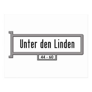 Tilo de la guarida de Unter, placa de calle de Ber Tarjeta Postal