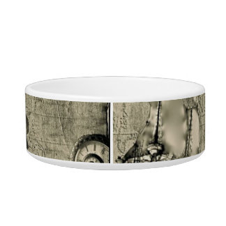 Time Bandit Collection Bowl