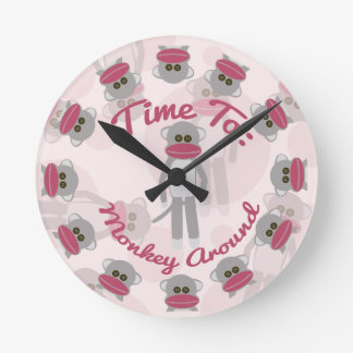 Time for Monkeying Around! Round Clock