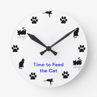 Time to feed the cat round wallclock