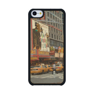 Times Square NY Carved® Maple iPhone 5C Slim Case