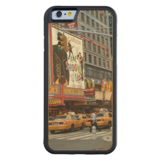 Times Square NY Carved® Maple iPhone 6 Bumper Case