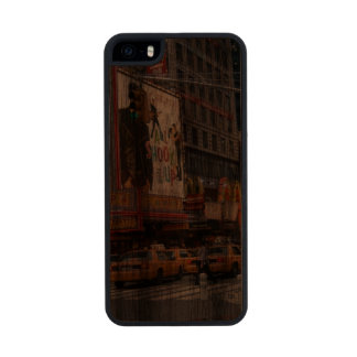 Times Square NY Carved® Walnut iPhone 5 Case