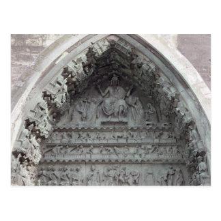 Tímpano del portal izquierdo postal