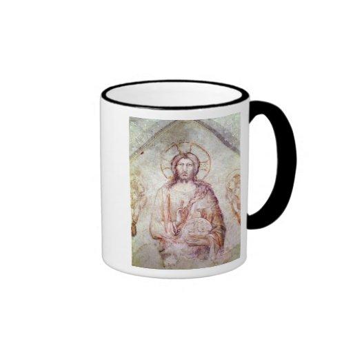 Tímpano que representa la bendición del salvador,  taza