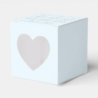 Tinta minúscula de la casa que dibuja estreno de caja para regalos