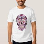 Tinte floral retro colorido del rosa del cráneo playera