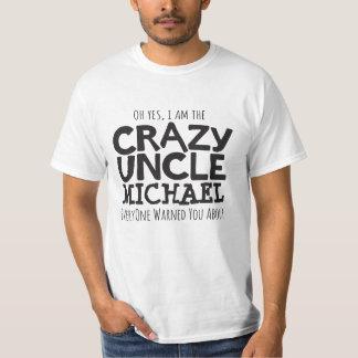 Tío loco nombrado camiseta tipográfica negra del