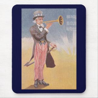 Tío Sam que juega el bugle Tapete De Ratón