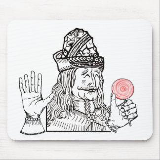 Tío Vlad tiene un lollipop Mouse Pads