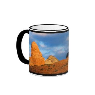 Tiovivo en taza del regalo de Sedona