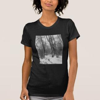 Tipi del bosque camisetas