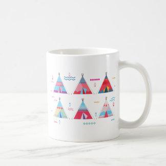 tipi rosado taza de café