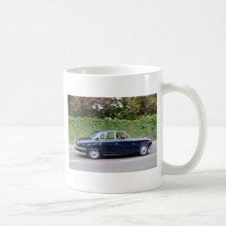 tipo de Jaguar S de los años 60 Tazas