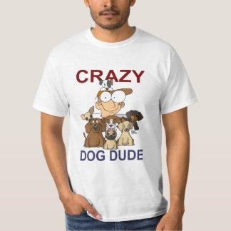 Tipo loco del perro polera