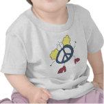 Tipo maravilloso de la paz camisetas