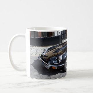 Tipo negro de Jaguar E Taza Clásica
