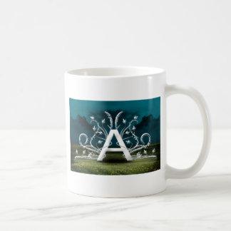 Tipografía elegante taza clásica