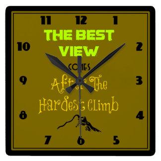 Tipografía inspirada de la cita de la motivación reloj cuadrado