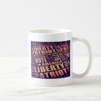 Tipografía patriótica taza de café