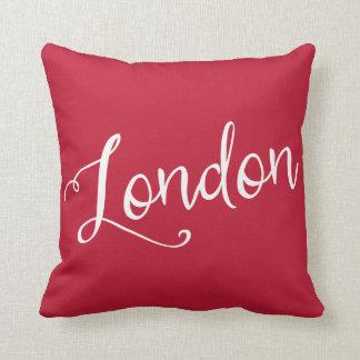 Tipografía roja y blanca elegante de Londres Almohadas