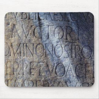 Tipografía romana en el foro, Roma, Italia Alfombrilla De Raton