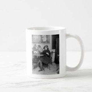 Tipping Cane, 1922 Mugs