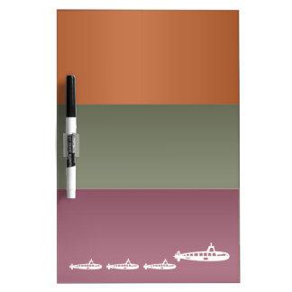Tira de color del metal - zambullida submarina de  tableros blancos