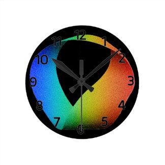 Tira de Mobius del arco iris Reloj Redondo Mediano