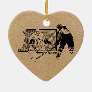 Tirado en el hockey neto (femenino) adorno navideño de cerámica en forma de corazón