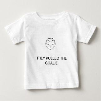"¡""Tiraron camiseta del bebé del portero""! Polera"