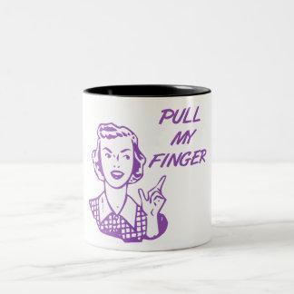 Tire de mi púrpura retra del ama de casa del dedo taza de dos tonos