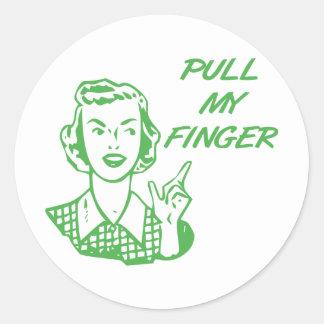 Tire de mi verde retro del ama de casa del dedo etiquetas redondas
