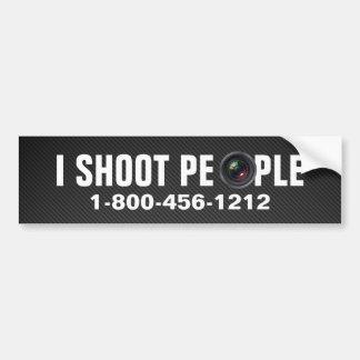 Tiro a la gente - fotógrafo profesional etiqueta de parachoque
