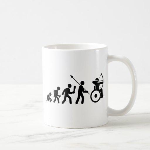 Tiro al arco de la silla de ruedas taza básica blanca
