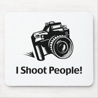 Tiro al fotógrafo de la gente alfombrillas de ratones