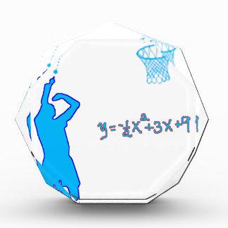 Tiro de baloncesto y ecuación cuadrático