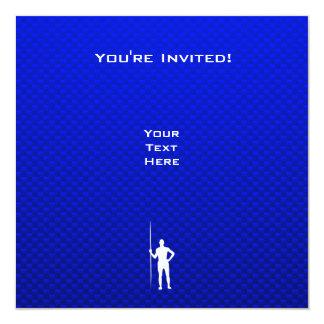 Tiro de jabalina azul invitación 13,3 cm x 13,3cm