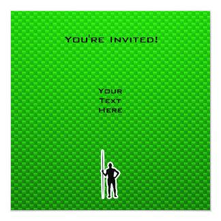 Tiro de jabalina verde invitación 13,3 cm x 13,3cm
