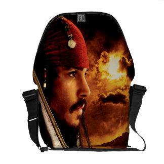 Tiro de la cara lateral de Jack Sparrow Bolsas Messenger