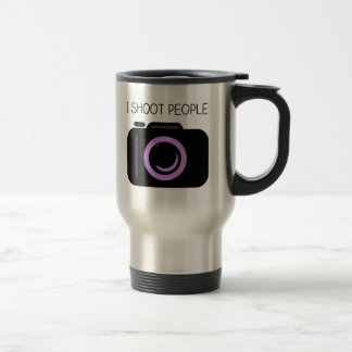 Tiro decir divertido del fotógrafo de la gente taza térmica
