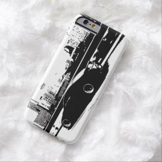 Tiro del balanceo del cupé de Infiniti G35 Funda De iPhone 6 Barely There