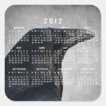 Tiro del encanto del cuervo; Calendario 2012 Pegatina Cuadrada