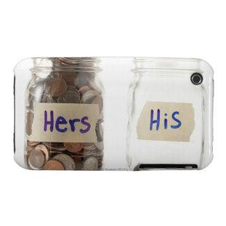 Tiro del estudio de dos tarros con las monedas iPhone 3 Case-Mate protector
