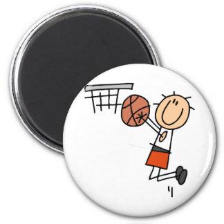 Tiro en suspensión del baloncesto - camisetas y imán redondo 5 cm