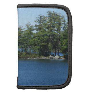 Tiro fresco de la isla del lago planificadores