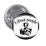 Tiro la cámara B&W del fotógrafo retro de la gente Pins