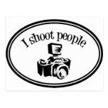 Tiro la cámara B&W del fotógrafo retro de la gente Postales